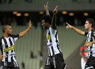 Jogando em casa pela última vez em 2014, Ceará vence a Portuguesa: 2 x 1