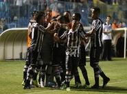 Bill e Rafael Costa decidem e Ceará vence o Sampaio Corrêa: 3 x 1