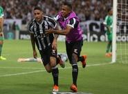 De virada, Ceará vence Chapecoense por 3 a 1 e deixa a zona de rebaixamento