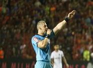 Árbitro FIFA Anderson Daronco apita segundo jogo da final do Estadual