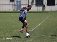 Foco no Botafogo! Ceará realiza trabalhos táticos no Estádio Vovozão