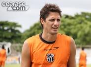 Edmílson estreia pelo Ceará