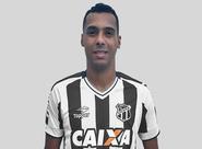 Ceará acerta a contratação do atacante Elton para a Série B