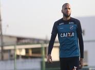 Contra o São Paulo, Everson quer manter solidez na defesa para buscar resultado positivo