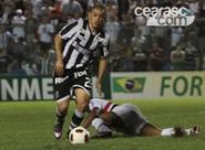 Diante do São Paulo, Felipe Azevedo pede concentração ao grupo