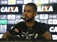 """Felipe Jonatan: """"Precisamos jogar bem para manter sequência de vitórias"""""""