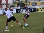 No CT de Porangabuçu, Ceará se reapresenta para treinos focado no Grêmio