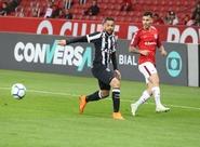 Fora de casa, Pottker marca no 2º tempo e Ceará perde para o Inter por 1 a 0