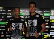 Goleiro Lauro e atacante William Henrique são apresentados à imprensa