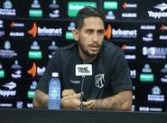 """Desprendido com titularidade, Carvalho afirma: """"Quem entrar dará conta. O grupo, além de unido, é qualificado"""""""