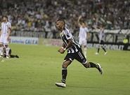 Vozão vence o Bragantino na Arena Castelão e segue a busca pelo G4