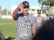 Em Porangabuçu, Vovô se reapresenta e inicia trabalhos para duelo contra o Atlético/MG