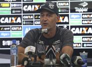"""""""Ânimo novo"""": Após trunfo contra o Sport, Lisca quer manter sequência positiva contra o Inter"""