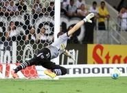 """Pelo acesso, Luís Carlos exige: """"Temos que jogar no nosso limite"""""""
