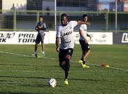 """Luiz Otávio: """"Não pode ser diferente contra o Inter. Nosso objetivo é vencer sempre"""""""