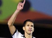 Magno Alves faz dois e Ceará vence o Atlético/GO, fora de casa