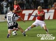 Ceará sai na frente, mas cede empate ao Internacional, no PV