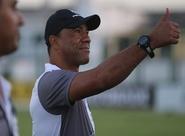 De volta ao Ceará, técnico Sérgio Soares comanda primeiro treino com elenco alvinegro