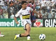 Expulso no último sábado, Osvaldo não encara o Atlético/PR