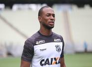 Ceará realiza treino fechado na Arena Castelão, onde enfrenta o Vasco no próximo domingo