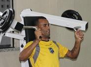 Focado no duelo diante do Paraná, Paulo Sérgio pede mais trabalho
