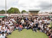 """""""Vovô vai à Escola"""" reuniu mais de 600 crianças no Estádio Municipal de Caucaia"""