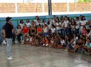 PC 2000 leva ação Vovô vai à Escola a colégio em Maracanaú/CE