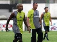 Douglas Silva pode não atuar mais no Estadual