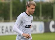 """Rafael Pereira: """"A briga por posição é sadia e aumenta a qualidade do grupo"""""""