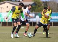 Ceará realiza trabalho tático em treino apronto para jogo contra a Chape