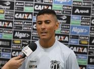 Em treino aberto à imprensa, Ceará realiza última atividade antes viagem para Rio de Janeiro