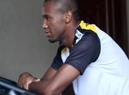 Após suspensão, zagueiro Rafael Vaz pode voltar na quarta-feira