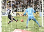 Roger decide, Ceará domina e bate o Guarany (S) por 3 a 0 no Castelão
