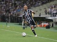 De volta! Lateral-esquerdo Romário acerta retorno ao Ceará até o fim de 2018