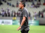 """Sobre Série B, técnico Silas revela: """"Muita expectativa no acesso"""""""