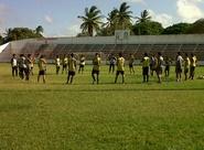 Sérgio Alves comanda treino coletivo com o Sub-18 do Vovô