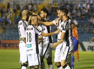 No PV, Ceará vence por 3 a 1, rebaixa o Tiradentes e assume a liderança do Estadual