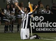 Tony comemora primeiro gol pelo Alvinegro