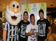 Pedro Ken e Raul participam do Tour da Taça no Shopping Parangaba