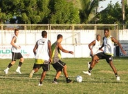 Elenco treino no Vovozão de olho na Copa do Nordeste