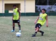 Veja imagens do treino alvinegro em Porto Alegre