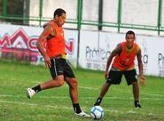 Elenco treina e viaja para Recife/PE