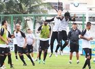 Depois de encerrar os preparativos, grupo alvinegro viajou para Recife/PE