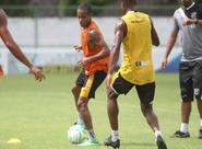 Sérgio Soares comandou treino técnico/tático na reapresentação