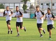 Grupo alvinegro se reapresentou e fez treinos físicos nesta tarde