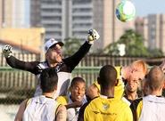 Ceará treinou nesta manhã, no estádio Vovozão