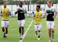 De olho no jogo de volta da semifinal, elenco do Ceará voltou aos trabalhos