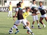 Elenco do Ceará voltou aos treinos nesta sexta-feira