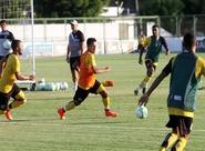 Focado no Joinville, grupo alvinegro treinou nesta tarde