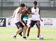 Sérgio Guedes comandou mais um treino coletivo em Porangabuçu